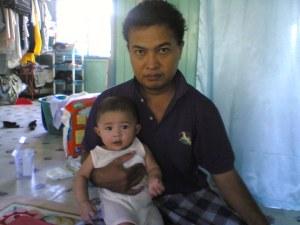 suami dan anak sulung