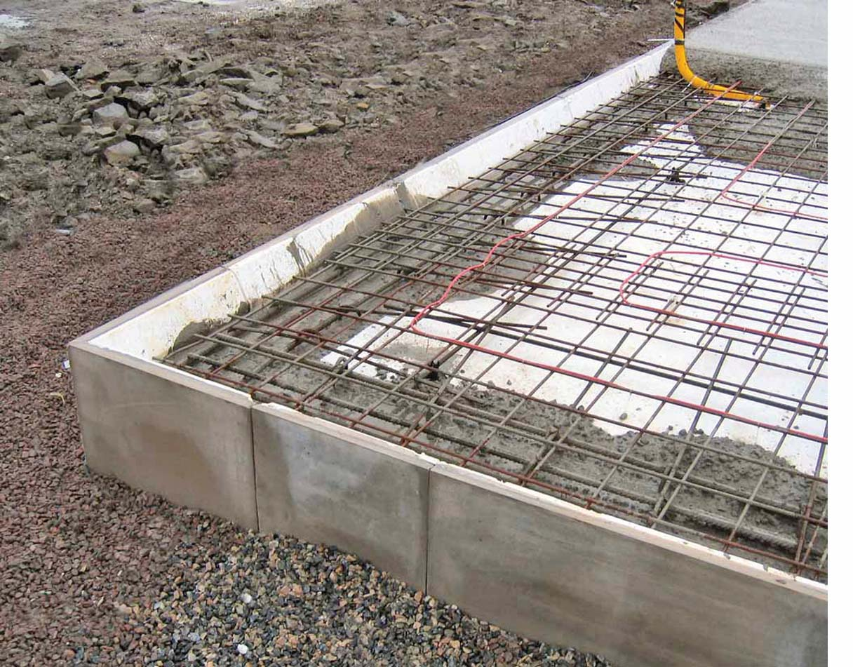 Bahan Bahan Asas Pembinaan Rumah CORETAN DAN WARNA KEHIDUPAN